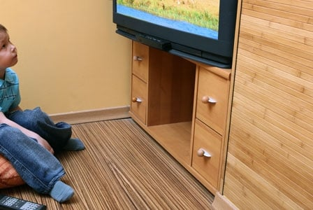 Parenting Style Influences Amount of TV Children Watch